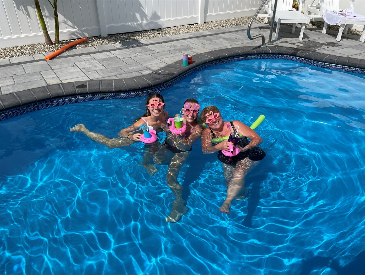Dive In: 10 Tips For Choose A Swimming Pool